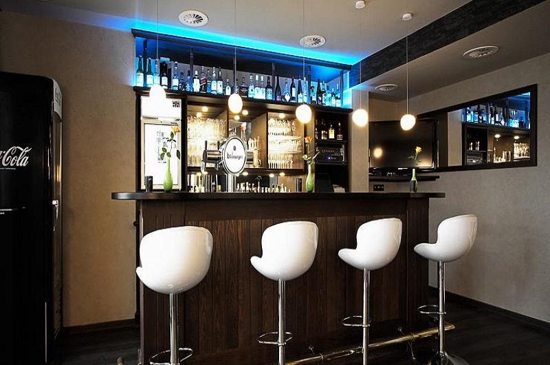 Berghotel Oberhof Deal Angebote günstig buchen Wellnesshotel im Thüringer Wald Bar-min