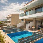 Neueröffnung Hotel Vantaris Blue Erwachsenenhotel Kreta Pauschalreise Angebot günstig buchen Terrasse mit Swim Up Pool-min