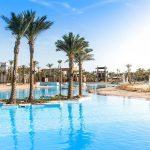 Siva Port Ghalib Günstiger Badeurlaub Ägypten Pauschalreise Angebot günstig buchen Poollandschaft Palmen Liegen-min