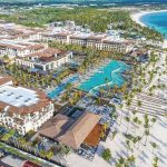 Adults Only Club at Lopesan Costa Bavaro Resort Playa Bavaro Punta Canta Bilder Hotelanlage direkte Strandlage Pools Palmen-min